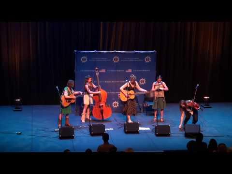 Della Mae Performs in Barbados