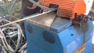 Очистка медного и алюминиевого кабеля Maxi 100(Italiaprom очистка кабеля от изоляции., 2015-05-30T10:46:28.000Z)