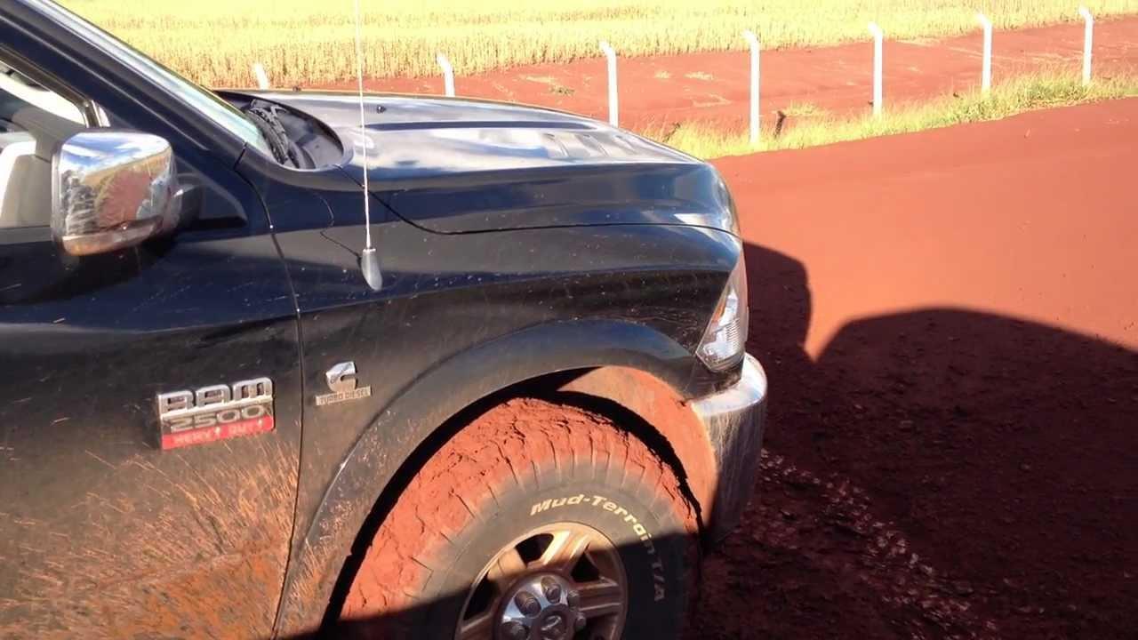 Ram 2500 2012 Com 530cv Arrancando No Barro Com Controle