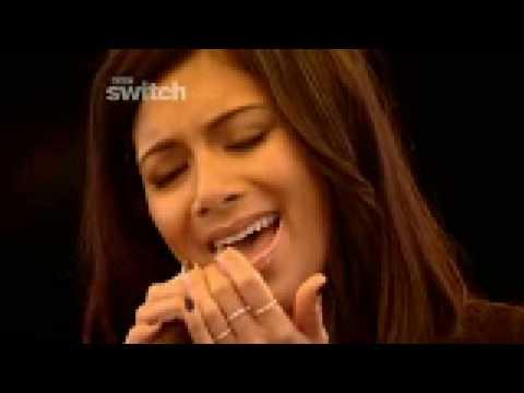 Nicole Scherzinger - Baby Love ( Live)