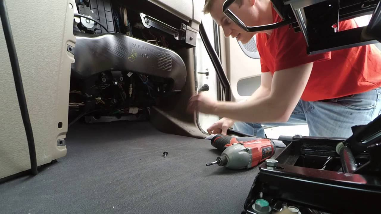 2015 Freightliner Cascadia >> Opening Passenger Kick Panel for Cascadia - YouTube