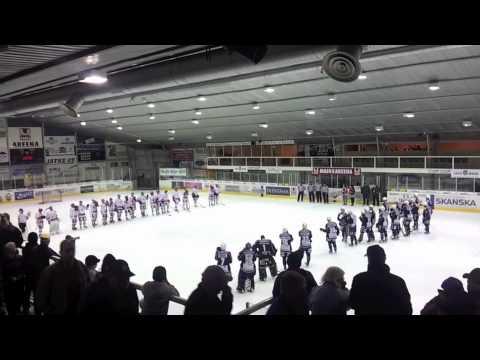 Katsomassa LeKi-Sport peliä 26.10.2011