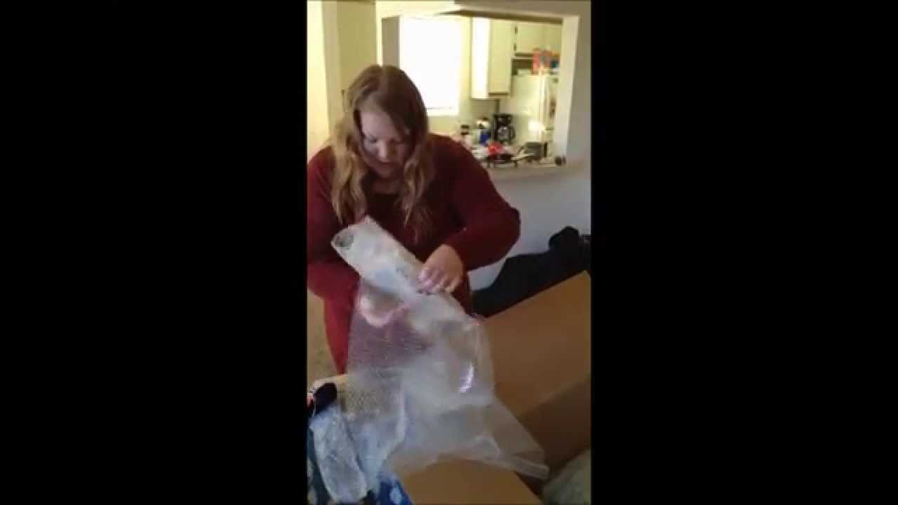 Taylor swift gives fans christmas gifts