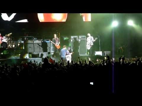 Die Toten Hosen feat. Romana aus Oberösterreich - Paradies [HD] live