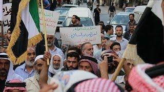 شاهد جيش الإسلام وفيلق الرحمن يتفقان بالتصريحات .. لماذا لم يتم تنفيذ الإتفاق على الأرض ؟