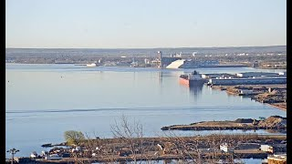 Preview of stream Harbor Cam in Duluth, MN, USA