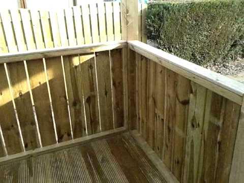 houten veranda gemaakt aan chalet youtube. Black Bedroom Furniture Sets. Home Design Ideas