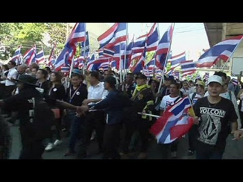 Thai troubles as amnesty bill sparks street protests
