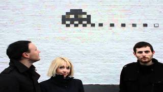 Watch Joy Formidable Llaw  Wall video