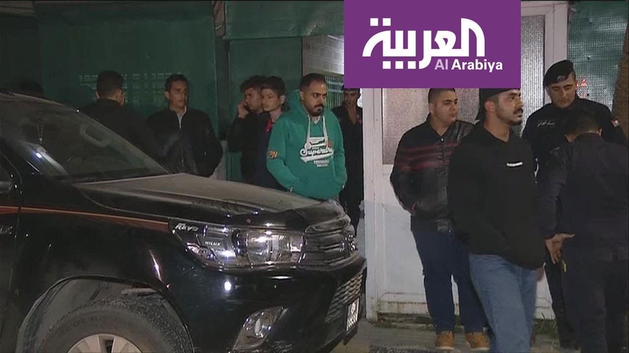 تجمع أهالي طلاب حادثة البحرالميت أمام المدرسة