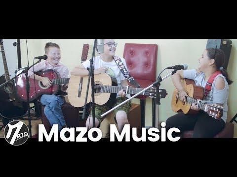Razvan, Andrei & Maria - Acasa (Mazo Music Academy)