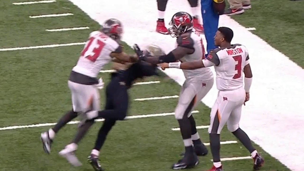 Mike Evans Shoves Marshon Lattimore Leading to HUGE Fight