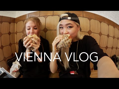 Vegan Burgers and Paranormal Activity / VIENNA