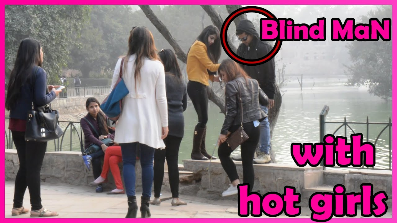 Super Girls saving blind man's life | social experiment/pranks in India 2016 | UngliBaaz