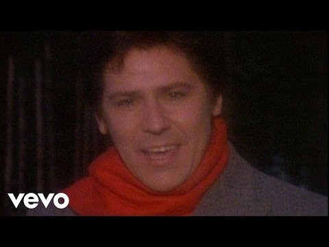 Shakin' Stevens - Merry Christmas Everyone (Official Video)