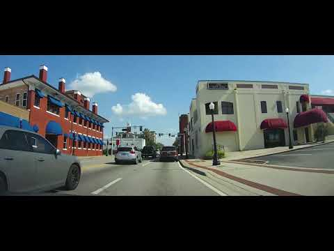 Driving Through Downtown Lakeland, Florida