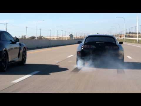 Supra vs R35 Skyline GT-R Dead Stop on Highway (HD)