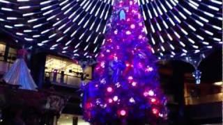 Crown Casino Christmas light show spectacular 2011 HD