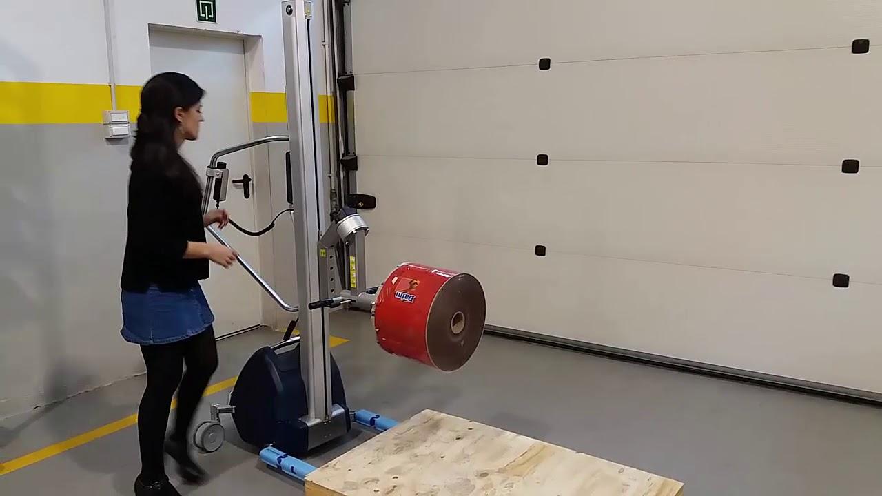 Carretilla elevadora para voltear bobinas de 100kg