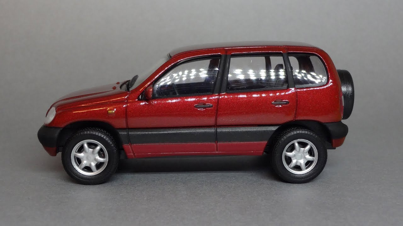Продажа коллекционных масштабных моделей автомобилей в масштабе 1: 43, 1 43, 1:24, 1:50. Курьерская доставка по москве платная и бесплатная.
