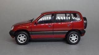 Chevrolet Niva | Cararama - Bauer | Масштабная модель автомобиля 1:43