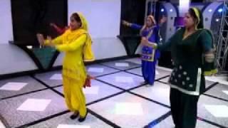 Rainu Event™ Giddha Performing Mere Nachdi De Paira Vich Neel Paigya on 2-11-11