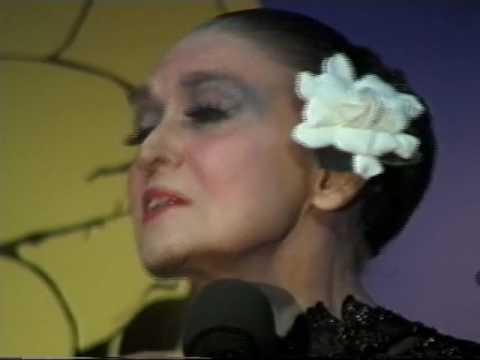 Julie Wilson at Gardenia--2006 Performance and Interview