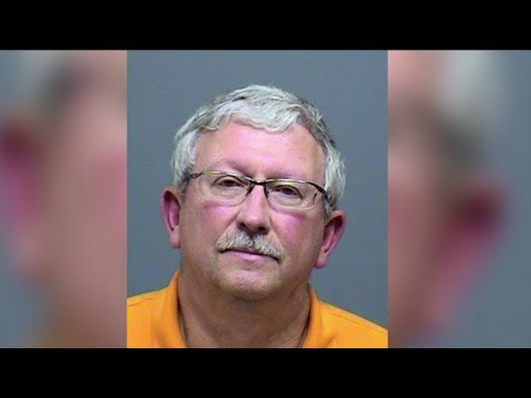 Canby pastor charged with 9 counts sex abuse of minor