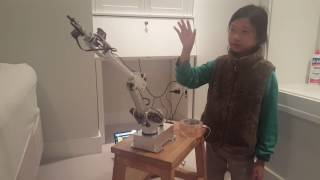 Robot Arm with Virtual Reality control