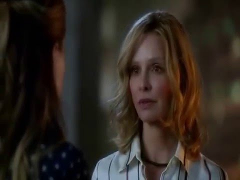 Cat Grant knew everything from the beginning and she still does it.