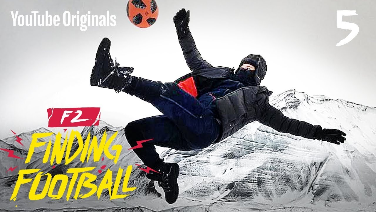 impossible-football-on-ice-f2ff-iceland