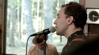 "Albert Hammond Jr.  - Oneway Studio Sessions:  ""Losing Touch"""