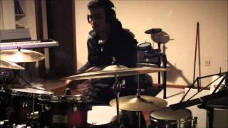 STAVROS GEORGIOU LAYING DOWN SOME GROOVES ON THE DRUMSET