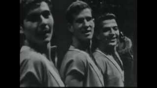 Technion dance troupe Haifa  להקת הריקודים של הטכניון, חיפה - Yemenite dance - live in France, 1960