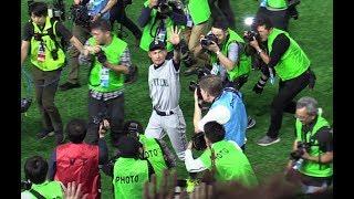 イチロー引退  試合後のグラウンド1周  ライトから撮影 2019/3/21 Ichiro farewell match ceremony thumbnail
