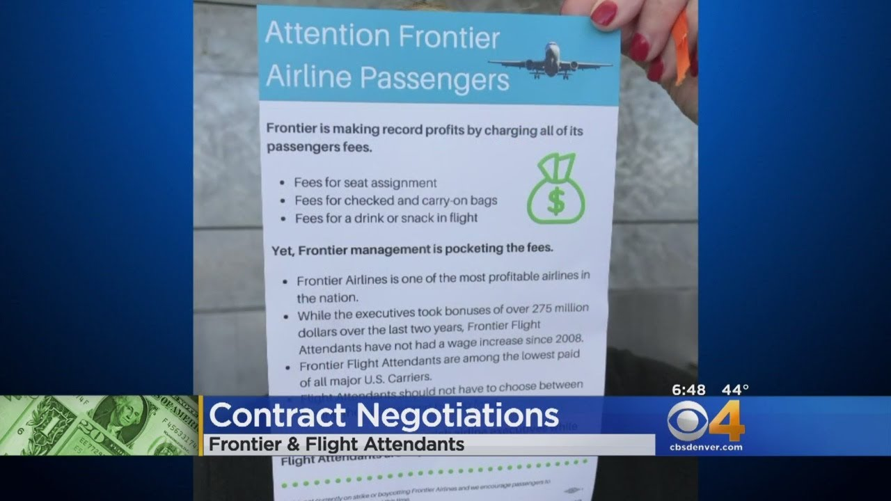 flight-attendants-hand-out-leaflets-for-better-pay-to-passengers
