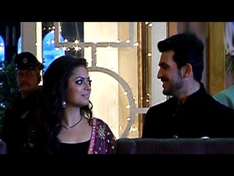 Raghav Compliments Naina In 'Pardes Mein Hai Mera Dil'   #TellyTopUp thumbnail