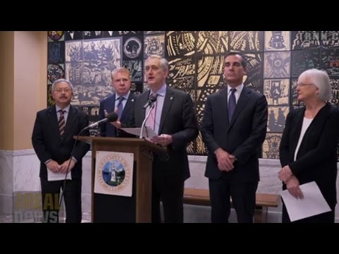 West Coast Mayors Pledge To End New Fossil Fuel Infrastructure