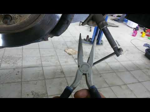 Mazda6.  Замена задних колодок. Рекомендации.