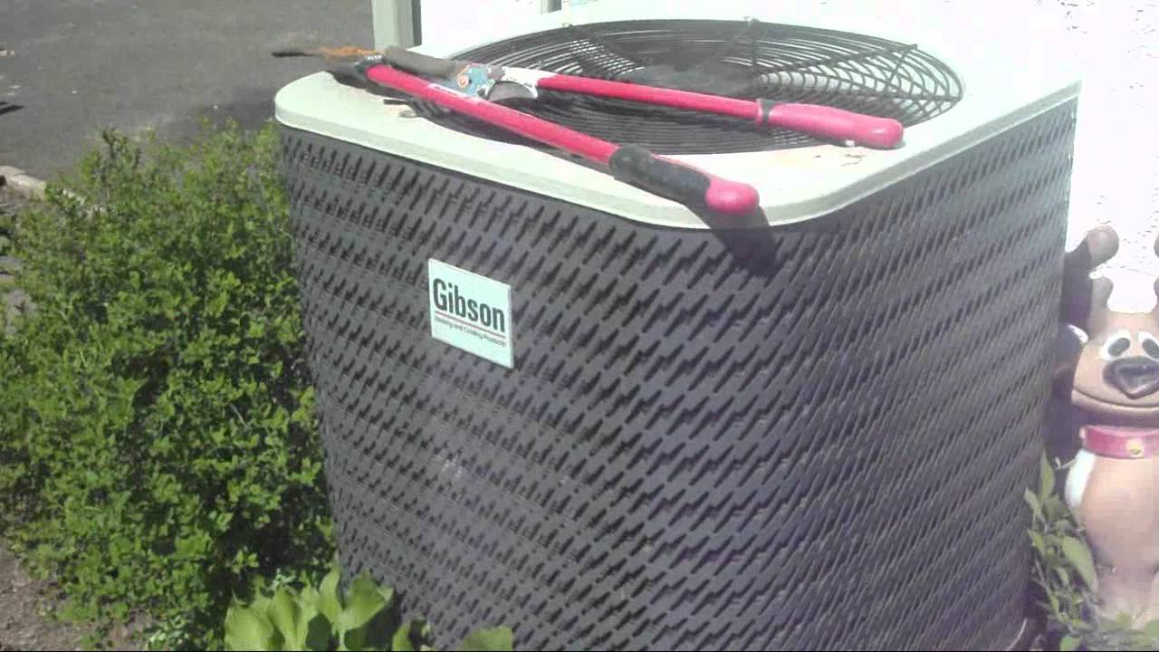 2003 Gibson 2 5 Ton Air Conditioner Running Youtube