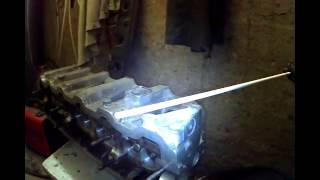 Сварка алюминия.  Ремонт  головки блока цилиндров VW T4(Сварка проушины, восстановление сорванной резьбы ГБЦ VW T4., 2014-12-29T05:03:05.000Z)