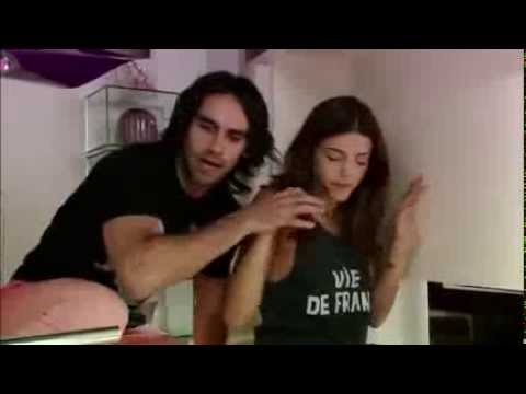 Gonzalo heredia- Pasa algo entre Julian y Tania- Mis Amigos de Siempre-: