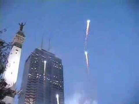 Indianapolis Colts 2007-OPENER-Fireworks DOWNTOWN PreKickoff