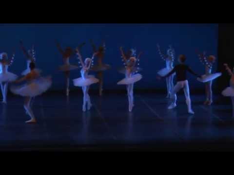 """""""Lo Schiaccianoci"""" secondo atto - Russian Ballet College"""