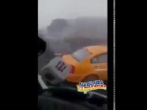 Kaza Yapanlara Küfür Eden Tırcı Youtube