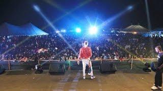 Msanii wa muziki, Diamond Platnumz Jumapili hii amefanya show ya nd...