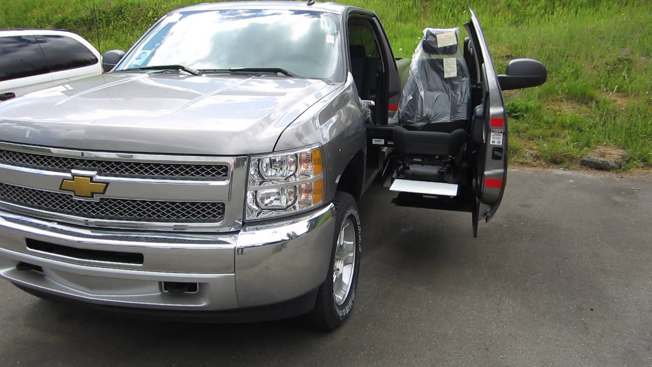 Don\'t want a wheelchair mini van? Try this sick 4X4 pick up truck ...