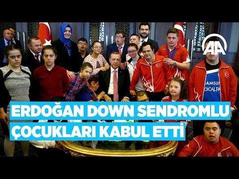 Cumhurbaşkanı Erdoğan, down sendromlu çocukları kabul etti