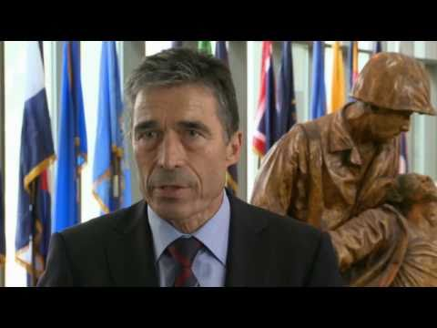 NATO Secretary General visits United States - Tribute to America's war wounded (w/subtitles)