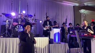 Shloime Daskal Singing At A Wedding With Shira Choir & Freilich Band